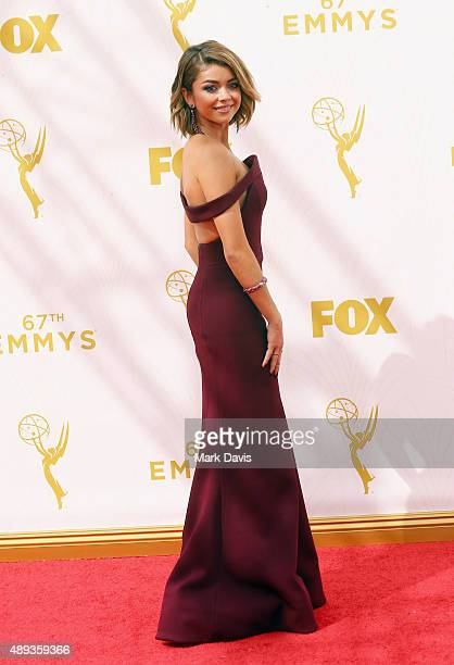 Actress Sarah Hyland attends the 67th Annual Primetime Emmy Awards at Microsoft Theater on September 20 2015 in Los Angeles California