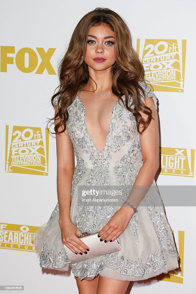 Actress <a gi-track='captionPersonalityLinkClicked' href=/galleries/search?phrase=Sarah+Hyland&family=editorial&specificpeople=3989646 ng-click='$event.stopPropagation()'>Sarah Hyland</a> attends the Fox Searchlight 2013 Golden Globe Awards Party on January 13, 2013 in Beverly Hills, California.