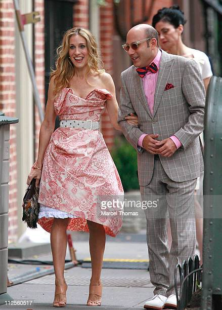 Actress Sarah Jessica Parker and actor Willie Garson sighting filming a scene for the movie 'Sex and The City' on location in the west village on...