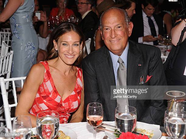 Actress Sarah Jessica Parker and Designer Oscar de la Renta attend the 2012 Couture Council for the Museum at FIT Award for Artistry of Fashion to...