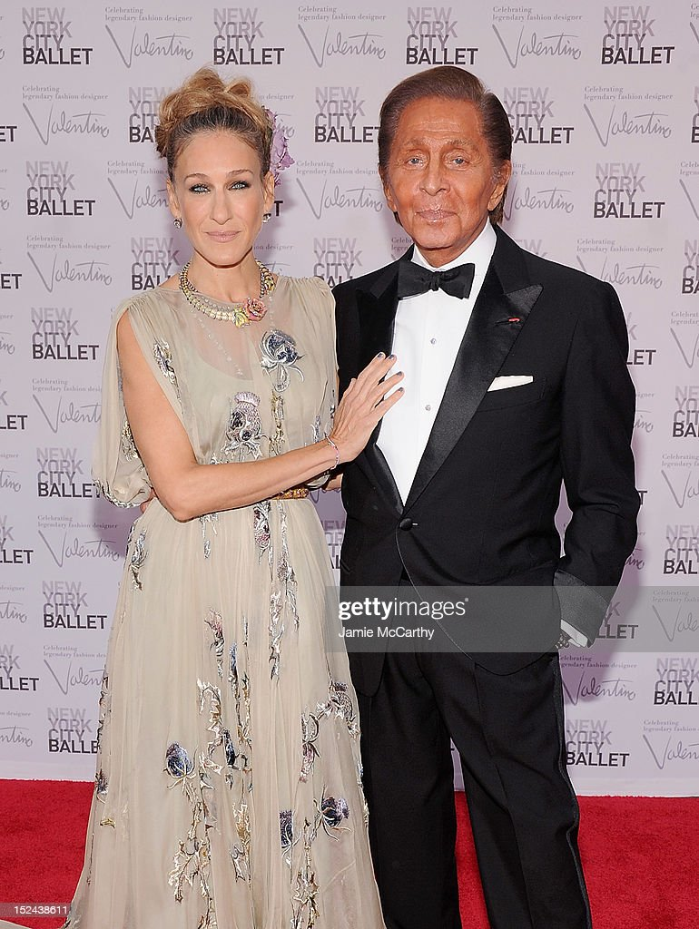 Actress <a gi-track='captionPersonalityLinkClicked' href=/galleries/search?phrase=Sarah+Jessica+Parker&family=editorial&specificpeople=201693 ng-click='$event.stopPropagation()'>Sarah Jessica Parker</a> and designer Valentino Garavani attend the 2012 New York City Ballet Fall Gala at the David H. Koch Theater, Lincoln Center on September 20, 2012 in New York City.