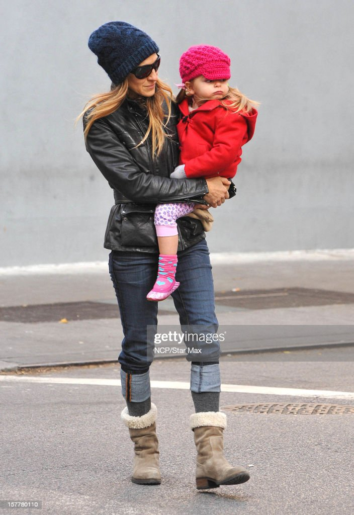 Actress <a gi-track='captionPersonalityLinkClicked' href=/galleries/search?phrase=Sarah+Jessica+Parker&family=editorial&specificpeople=201693 ng-click='$event.stopPropagation()'>Sarah Jessica Parker</a> and Marion Broderick are seen on December 6, 2012 in New York City.