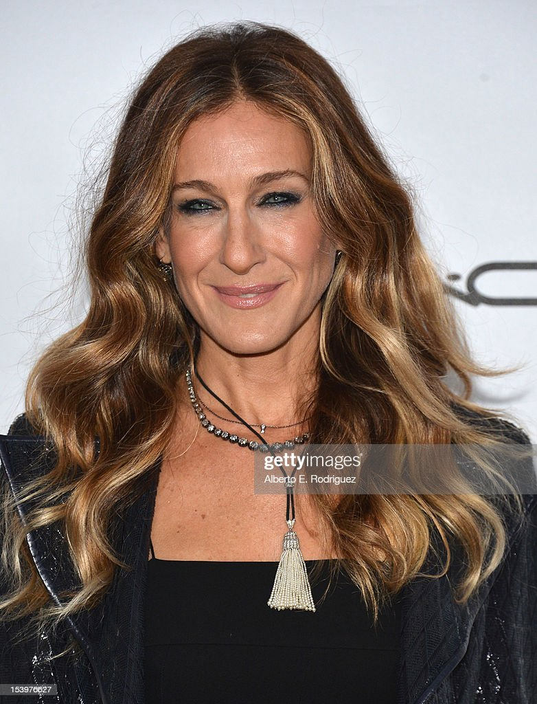 Actress Sarah Jessica Parker arrives at amfAR's Inspiration Gala at Milk Studios on October 11, 2012 in Hollywood, California.