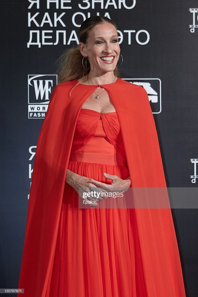 Actress <a gi-track='captionPersonalityLinkClicked' href=/galleries/search?phrase=Sarah+Jessica+Parker&family=editorial&specificpeople=201693 ng-click='$event.stopPropagation()'>Sarah Jessica Parker</a> arrives at the film presentation of 'I Don't Know How She Does It' at Ritz Carlton hotel on August 28, 2011 in Moscow, Russia.