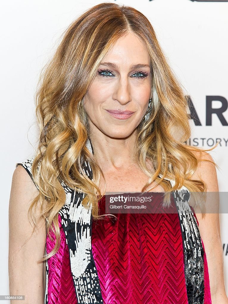 Actress Sarah Jessica Parker attends amfAR New York Gala To Kick Off Fall 2013 Fashion Week Cipriani Wall Street on February 6, 2013 in New York City.