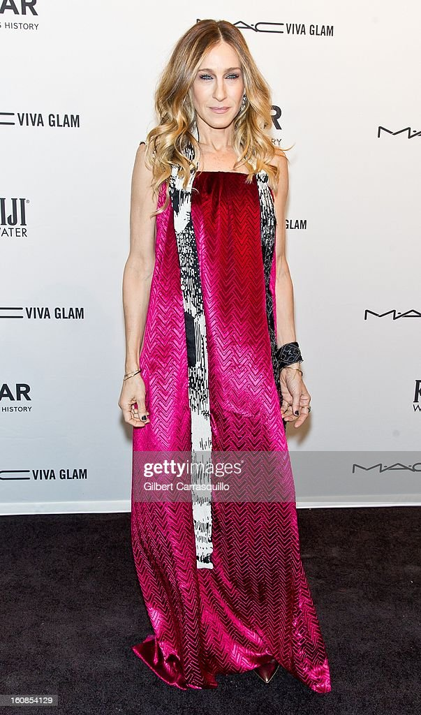 Actress <a gi-track='captionPersonalityLinkClicked' href=/galleries/search?phrase=Sarah+Jessica+Parker&family=editorial&specificpeople=201693 ng-click='$event.stopPropagation()'>Sarah Jessica Parker</a> attends amfAR New York Gala To Kick Off Fall 2013 Fashion Week Cipriani Wall Street on February 6, 2013 in New York City.