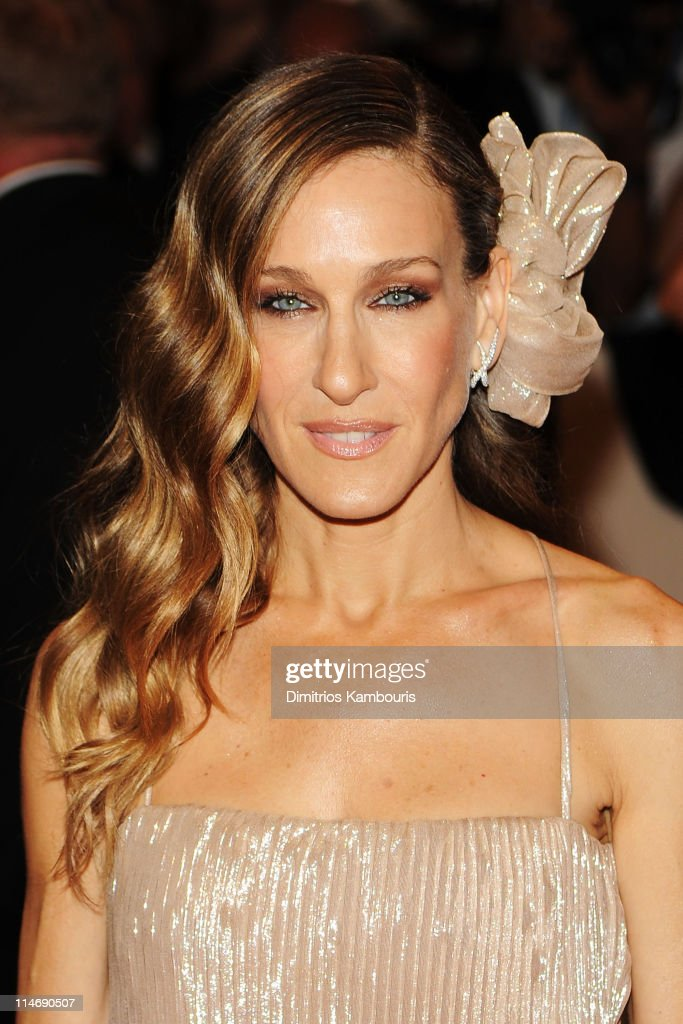Actress <a gi-track='captionPersonalityLinkClicked' href=/galleries/search?phrase=Sarah+Jessica+Parker&family=editorial&specificpeople=201693 ng-click='$event.stopPropagation()'>Sarah Jessica Parker</a> attends the Costume Institute Gala Benefit to celebrate the opening of the 'American Woman: Fashioning a National Identity' exhibition at The Metropolitan Museum of Art on May 3, 2010 in New York City.