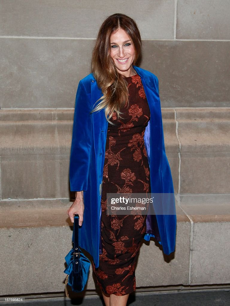 Actress <a gi-track='captionPersonalityLinkClicked' href=/galleries/search?phrase=Sarah+Jessica+Parker&family=editorial&specificpeople=201693 ng-click='$event.stopPropagation()'>Sarah Jessica Parker</a> attends the 'In Vogue: The Editor's Eye' screening at the Metropolitan Museum of Art on December 4, 2012 in New York City.