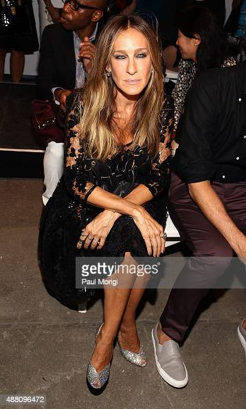 Actress Sarah Jessica Parker attends the Tracy Reese fashion show during Spring 2016 New York Fashion Week at ArtBeam on September 13 2015 in New...