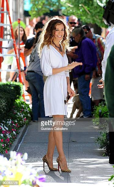 Actress Sarah Jessica Parker filming on location for 'Sex And The City 2'on the Streets of Manhattan on September 1 2009 in New York City