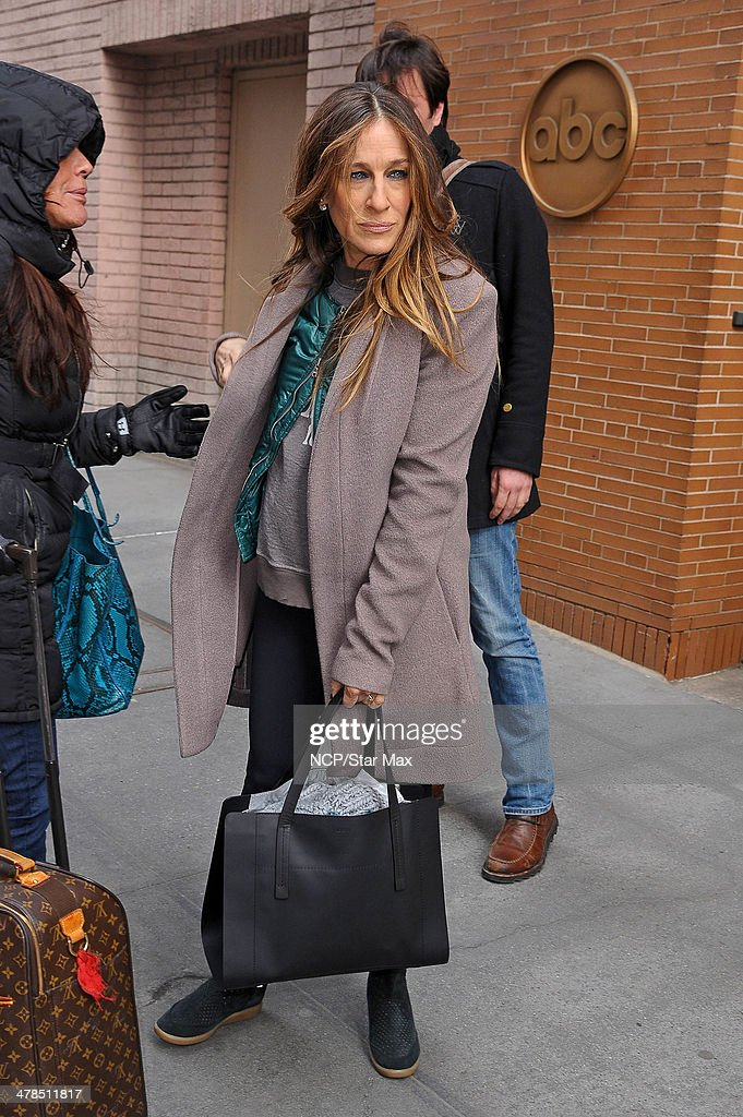 Actress <a gi-track='captionPersonalityLinkClicked' href=/galleries/search?phrase=Sarah+Jessica+Parker&family=editorial&specificpeople=201693 ng-click='$event.stopPropagation()'>Sarah Jessica Parker</a> is seen on March 13, 2014 in New York City.