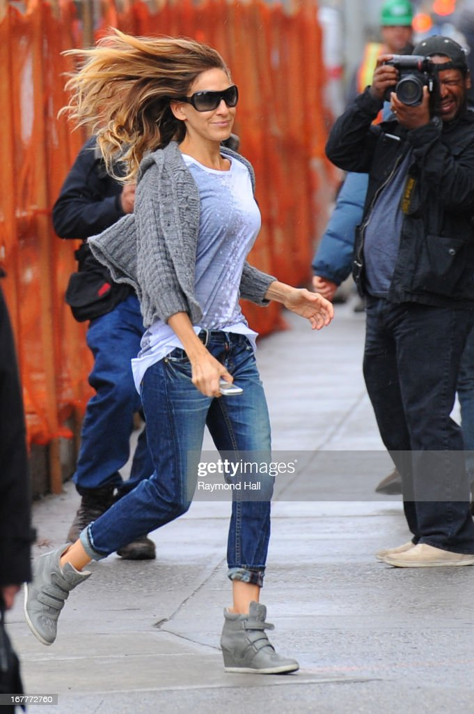 Actress <a gi-track='captionPersonalityLinkClicked' href=/galleries/search?phrase=Sarah+Jessica+Parker&family=editorial&specificpeople=201693 ng-click='$event.stopPropagation()'>Sarah Jessica Parker</a> sighting in the West Village on April 30, 2013 in New York City.
