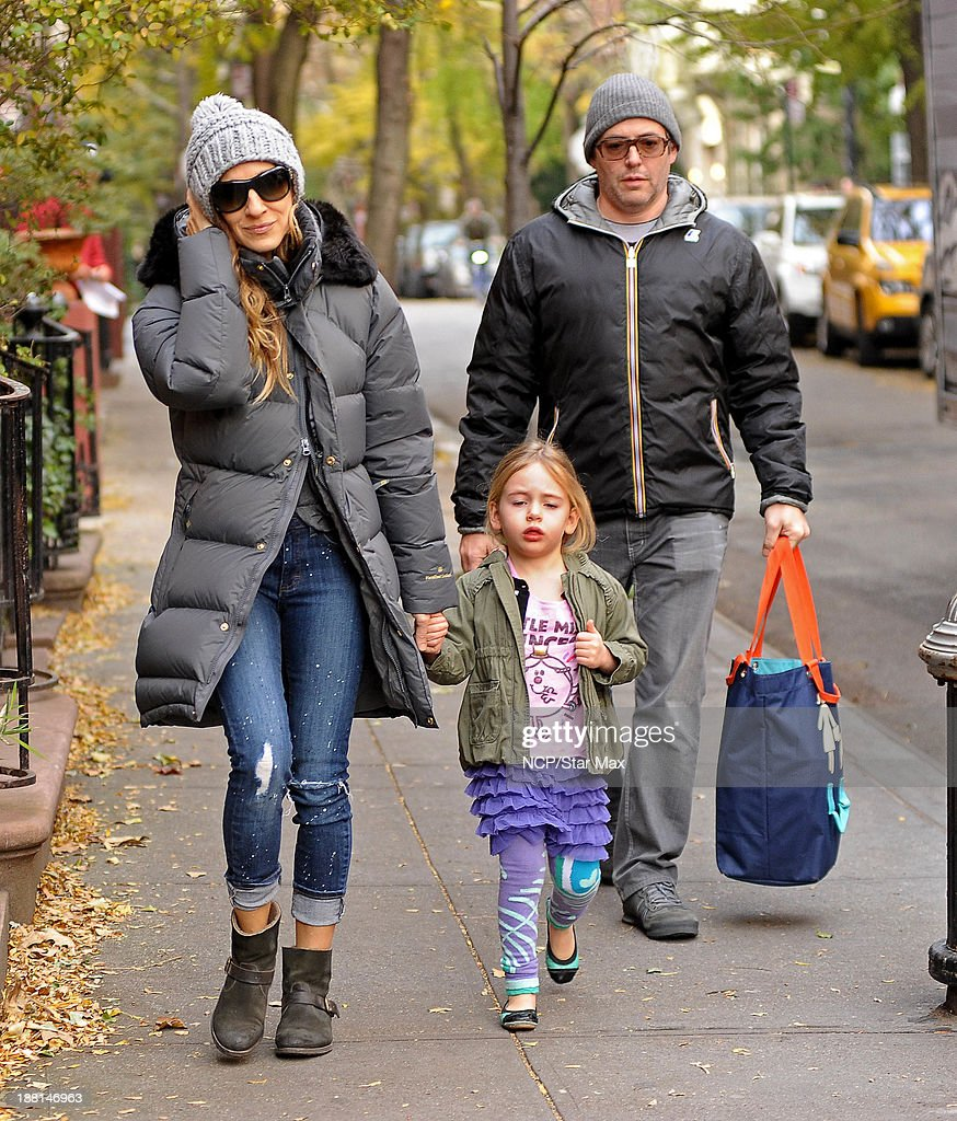 Actress <a gi-track='captionPersonalityLinkClicked' href=/galleries/search?phrase=Sarah+Jessica+Parker&family=editorial&specificpeople=201693 ng-click='$event.stopPropagation()'>Sarah Jessica Parker</a>, Tabitha Broderick and <a gi-track='captionPersonalityLinkClicked' href=/galleries/search?phrase=Matthew+Broderick&family=editorial&specificpeople=201912 ng-click='$event.stopPropagation()'>Matthew Broderick</a> are seen on November 15, 2013 in New York City.