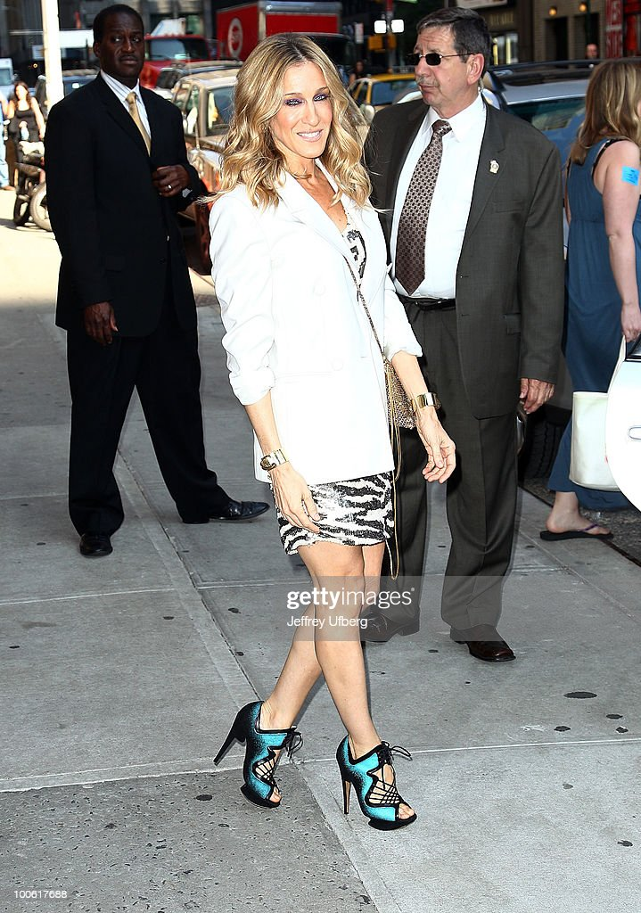 Actress Sarah Jessica Parker visits 'Late Show With David Letterman' at the Ed Sullivan Theater on May 25, 2010 in New York City.