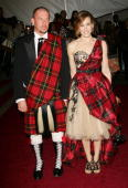 Actress Sarah Jessica Parker with designer Alexander McQueen attend the Metropolitan Museum of Art Costume Institute Benefit Gala Anglomania at the...