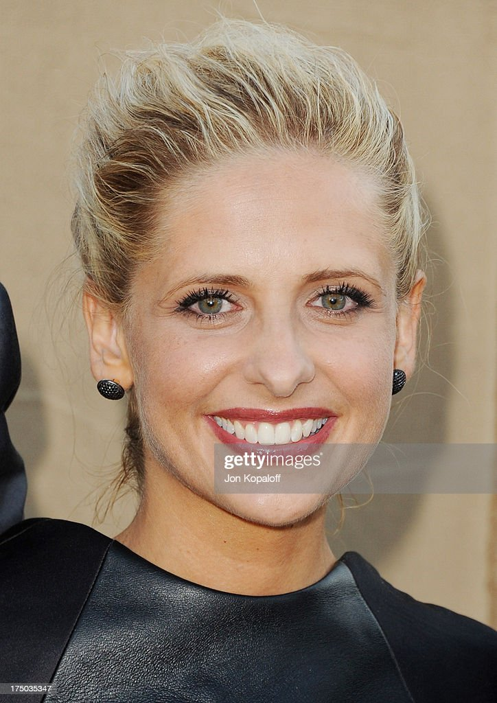 Actress <a gi-track='captionPersonalityLinkClicked' href=/galleries/search?phrase=Sarah+Michelle+Gellar&family=editorial&specificpeople=201781 ng-click='$event.stopPropagation()'>Sarah Michelle Gellar</a> arrives at the 2013 Television Critic Association's Summer Press Tour - CBS, The CW, Showtime Party at The Beverly Hilton Hotel on July 29, 2013 in Beverly Hills, California.