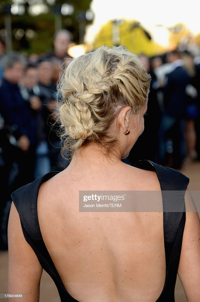 Actress Sarah Michelle Gellar (hair detail) arrives at the CW, CBS and Showtime 2013 summer TCA party on July 29, 2013 in Los Angeles, California.