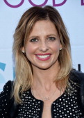 Actress Sarah Michelle Gellar arrives at the Hollywood Bowl Opening Night and Hall of Fame Inductions event at the Hollywood Bowl on June 21 2014 in...