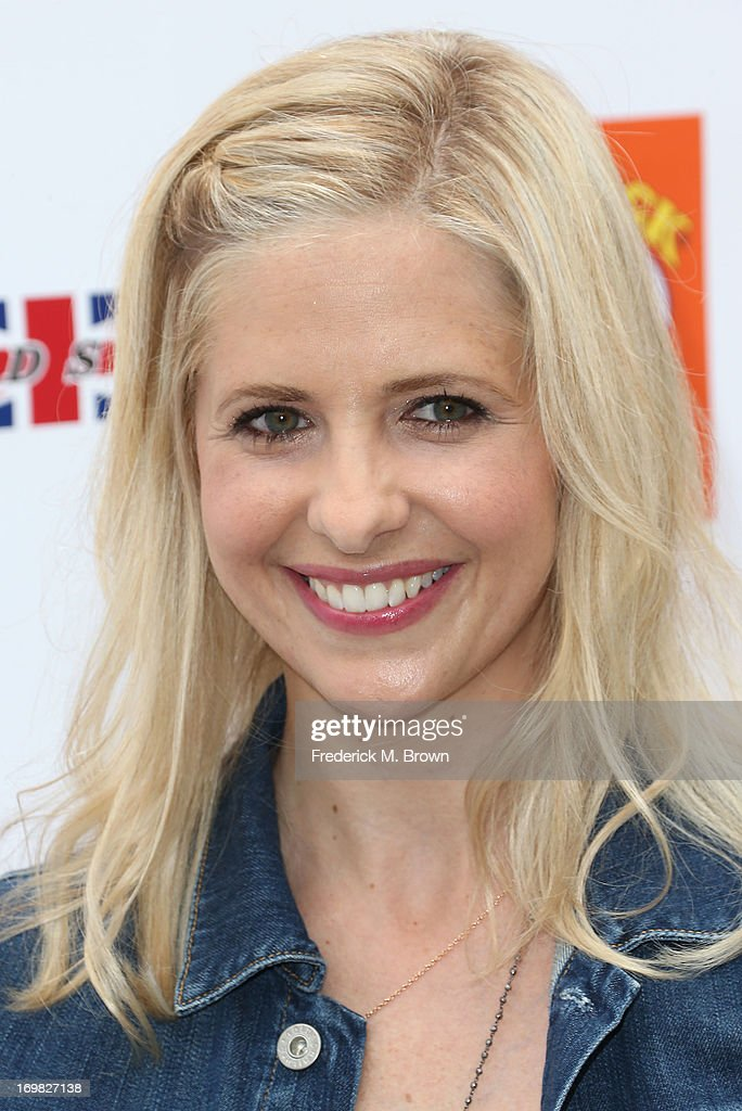 Actress <a gi-track='captionPersonalityLinkClicked' href=/galleries/search?phrase=Sarah+Michelle+Gellar&family=editorial&specificpeople=201781 ng-click='$event.stopPropagation()'>Sarah Michelle Gellar</a> attends the Seventh Annual Kidstock Music and Art Festival to benefit One Voice Scholars, at the Greystone Mansion on June 2, 2013 in Beverly Hills, California.
