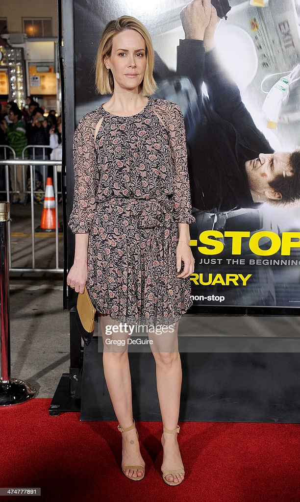 Actress <a gi-track='captionPersonalityLinkClicked' href=/galleries/search?phrase=Sarah+Paulson&family=editorial&specificpeople=220657 ng-click='$event.stopPropagation()'>Sarah Paulson</a> arrives at the Los Angeles premiere of 'Non-Stop' at Regency Village Theatre on February 24, 2014 in Westwood, California.