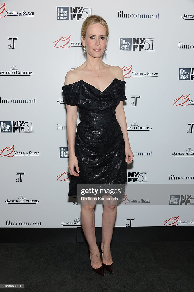 Actress <a gi-track='captionPersonalityLinkClicked' href=/galleries/search?phrase=Sarah+Paulson&family=editorial&specificpeople=220657 ng-click='$event.stopPropagation()'>Sarah Paulson</a> attends the '12 Years A Slave' premiere during the 51st New York Film Festival at Alice Tully Hall at Lincoln Center on October 8, 2013 in New York City.
