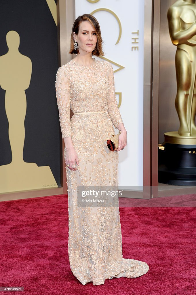 Actress <a gi-track='captionPersonalityLinkClicked' href=/galleries/search?phrase=Sarah+Paulson&family=editorial&specificpeople=220657 ng-click='$event.stopPropagation()'>Sarah Paulson</a> attends the Oscars held at Hollywood & Highland Center on March 2, 2014 in Hollywood, California.