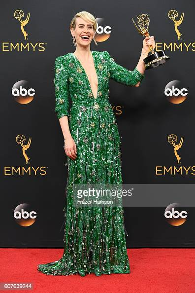 """Actress Sarah Paulson winner of Best Actress in a MiniSeries or Movie for """"The People v O J Simpson American Crime Story"""" poses in the press room..."""