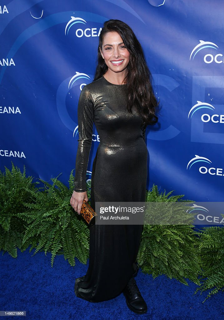 Actress Sarah Shahi attends the 2012 Oceana's SeaChange summer party on July 29, 2012 in Laguna Beach, California.