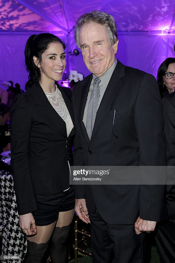 Actress <a gi-track='captionPersonalityLinkClicked' href=/galleries/search?phrase=Sarah+Silverman&family=editorial&specificpeople=241299 ng-click='$event.stopPropagation()'>Sarah Silverman</a> and actor <a gi-track='captionPersonalityLinkClicked' href=/galleries/search?phrase=Warren+Beatty&family=editorial&specificpeople=201478 ng-click='$event.stopPropagation()'>Warren Beatty</a> attend UCLA Institute Of The Environment And Sustainability's 2nd Annual 'An Evening Of Environmental Excellence' - Inside on March 5, 2013 in Beverly Hills, California.