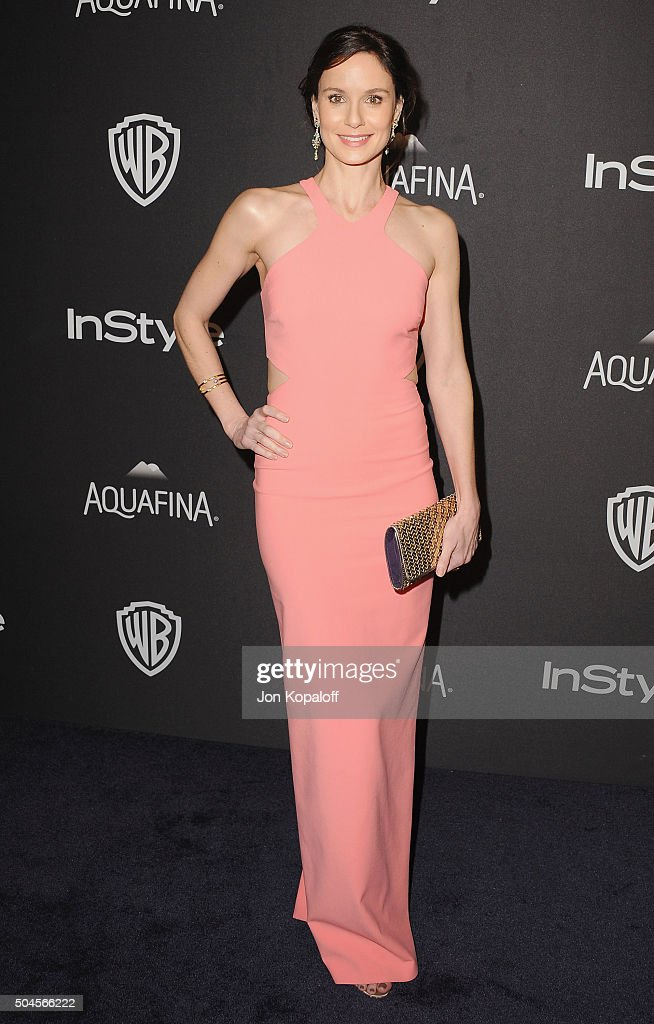 Actress <a gi-track='captionPersonalityLinkClicked' href=/galleries/search?phrase=Sarah+Wayne+Callies&family=editorial&specificpeople=607272 ng-click='$event.stopPropagation()'>Sarah Wayne Callies</a> arrives at the 2016 InStyle And Warner Bros. 73rd Annual Golden Globe Awards Post-Party at The Beverly Hilton Hotel on January 10, 2016 in Beverly Hills, California.