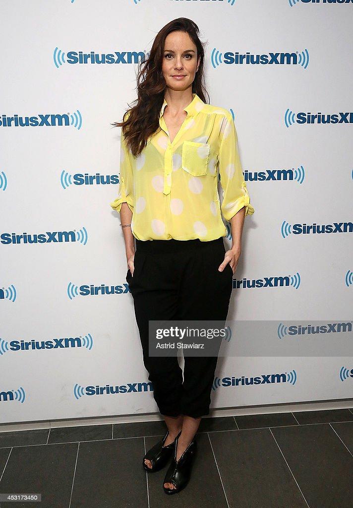 Actress Sarah Wayne Callies visits the SiriusXM Studios on August 4, 2014 in New York City.