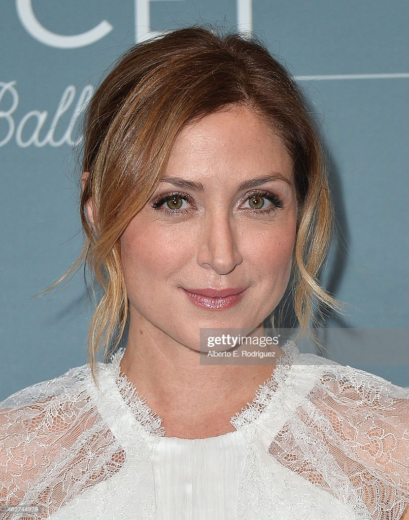 Actress Sasha Alexander arrives to the 2014 UNICEF Ball Presented by Baccarat at the Regent Beverly Wilshire Hotel on January 14, 2014 in Beverly Hills, California.