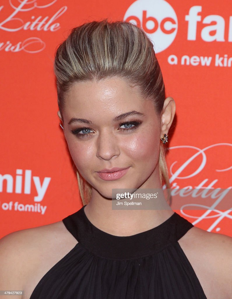 Actress <a gi-track='captionPersonalityLinkClicked' href=/galleries/search?phrase=Sasha+Pieterse&family=editorial&specificpeople=2237740 ng-click='$event.stopPropagation()'>Sasha Pieterse</a> attends the 'Pretty Little Liars' season finale screening at Ziegfeld Theater on March 18, 2014 in New York City.