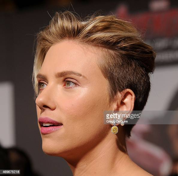 Actress Scarlett Johansson arrives at the Los Angeles premiere of Marvel's 'Avengers Age Of Ultron' at Dolby Theatre on April 13 2015 in Hollywood...