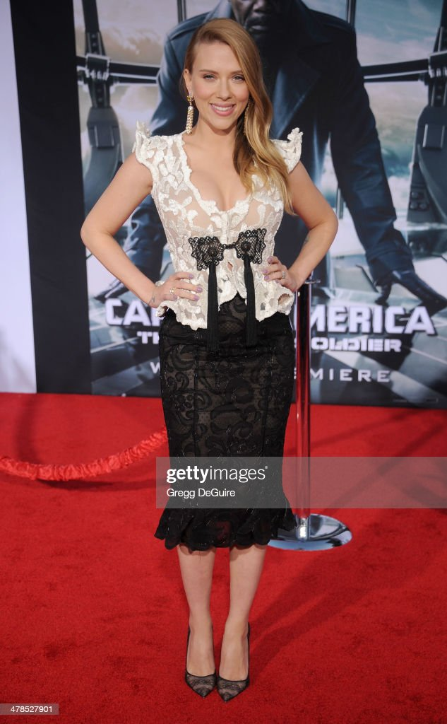 Actress <a gi-track='captionPersonalityLinkClicked' href=/galleries/search?phrase=Scarlett+Johansson&family=editorial&specificpeople=171858 ng-click='$event.stopPropagation()'>Scarlett Johansson</a> arrives at the Los Angeles premiere of 'Captain America: The Winter Soldier' at the El Capitan Theatre on March 13, 2014 in Hollywood, California.