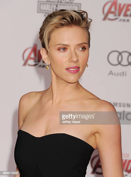 Actress Scarlett Johansson arrives at the Marvel's 'Avengers Age Of Ultron' Los Angeles Premiere at Dolby Theatre on April 13 2015 in Hollywood...
