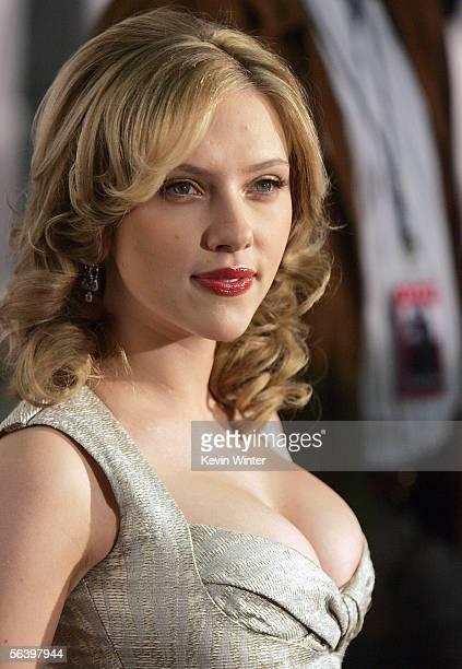 Actress Scarlett Johansson arrives at the premiere of DreamWorks' 'Match Point' at the Los Angeles County Museum of Art on December 8 2005 in Los...
