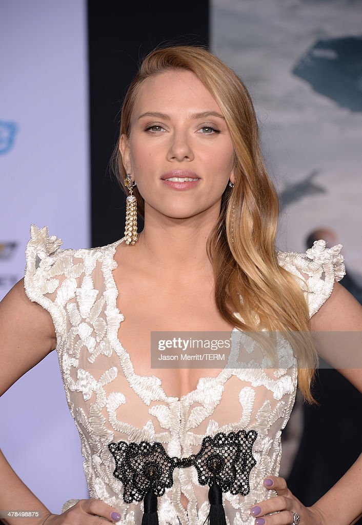 Actress Scarlett Johansson arrives for the premiere of Marvel's 'Captain America: The Winter Soldier' at the El Capitan Theatre on March 13, 2014 in Hollywood, California.