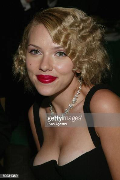 Actress Scarlett Johansson attends the 2004 Tony Awards Gala afterparty at Rockefeller Plaza Skate Rink June 6 2004 in New York City