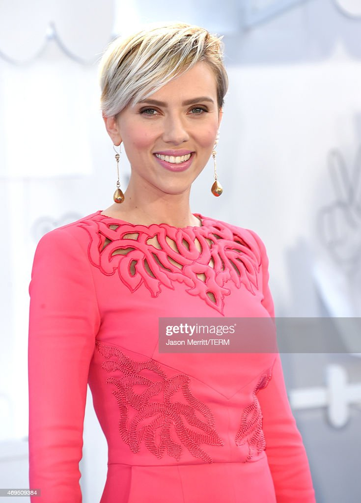 Actress Scarlett Johansson attends The 2015 MTV Movie Awards at Nokia Theatre L.A. Live on April 12, 2015 in Los Angeles, California.
