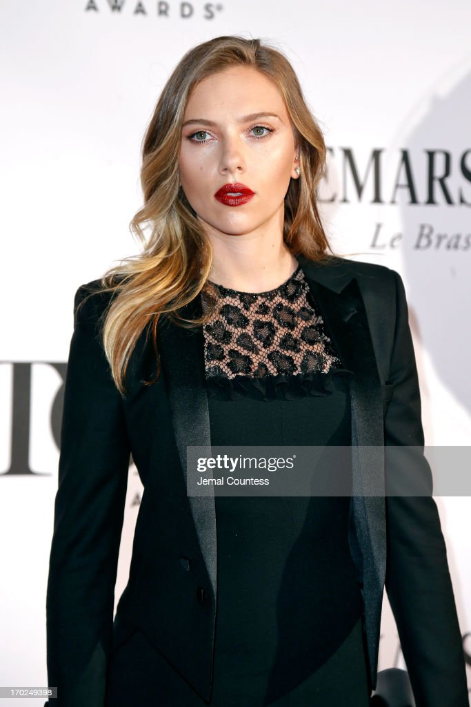 Actress <a gi-track='captionPersonalityLinkClicked' href=/galleries/search?phrase=Scarlett+Johansson&family=editorial&specificpeople=171858 ng-click='$event.stopPropagation()'>Scarlett Johansson</a> attends The 67th Annual Tony Awards at Radio City Music Hall on June 9, 2013 in New York City.