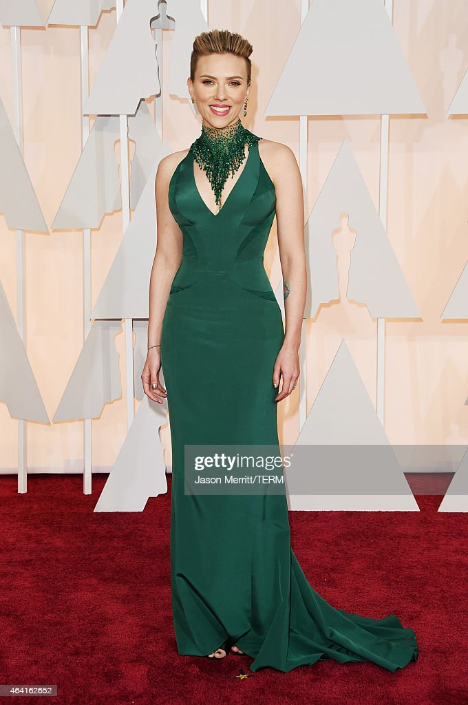 Actress <a gi-track='captionPersonalityLinkClicked' href=/galleries/search?phrase=Scarlett+Johansson&family=editorial&specificpeople=171858 ng-click='$event.stopPropagation()'>Scarlett Johansson</a> attends the 87th Annual Academy Awards at Hollywood & Highland Center on February 22, 2015 in Hollywood, California.