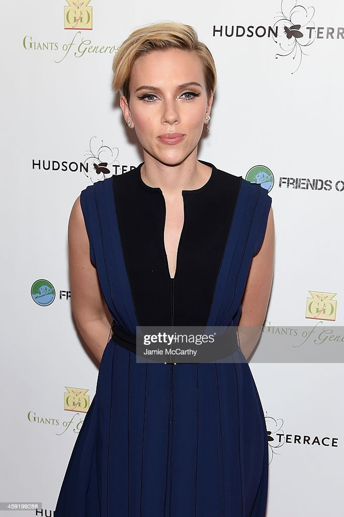 Actress Scarlett Johansson attends the Friends Of Rockaway 2nd annual Hurricane Sandy fundraiser at Hudson Terrace on November 18, 2014 in New York City.