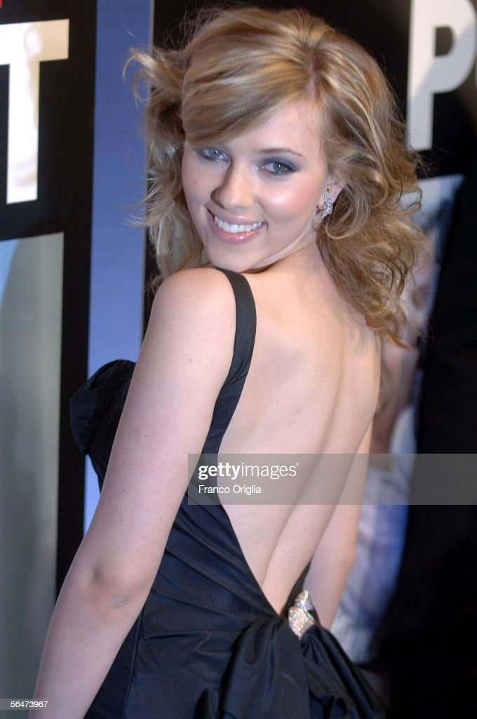 Actress <a gi-track='captionPersonalityLinkClicked' href=/galleries/search?phrase=Scarlett+Johansson&family=editorial&specificpeople=171858 ng-click='$event.stopPropagation()'>Scarlett Johansson</a> attends the premiere of Woody Allen's new film 'Match Point' at the Embassy Cinema on December 20, 2005 in Rome, Italy.