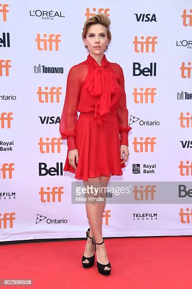 Actress Scarlett Johansson attends the 'Sing' premiere during the 2016 Toronto International Film Festival at Princess of Wales Theatre on September...