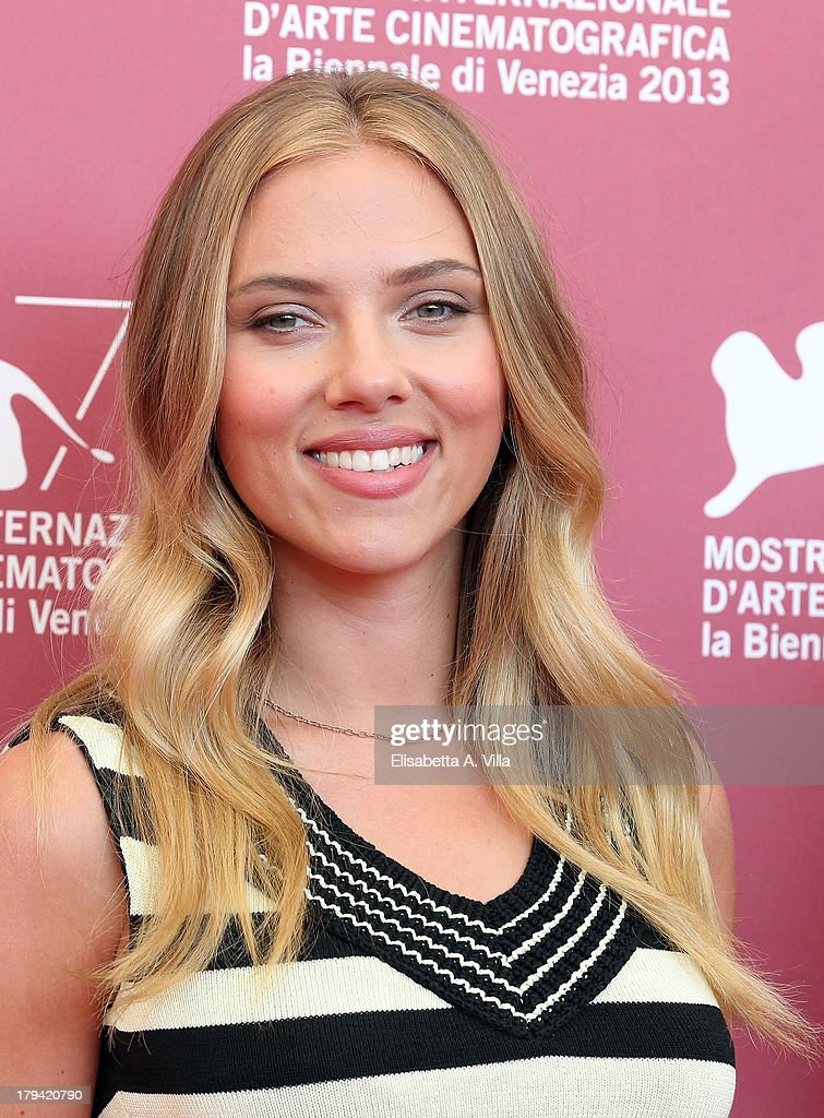 Actress <a gi-track='captionPersonalityLinkClicked' href=/galleries/search?phrase=Scarlett+Johansson&family=editorial&specificpeople=171858 ng-click='$event.stopPropagation()'>Scarlett Johansson</a> attends 'Under The Skin' Photocall during the 70th Venice International Film Festival at Palazzo del Casino on September 3, 2013 in Venice, Italy.