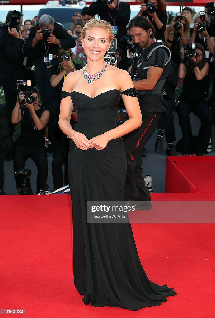 Actress <a gi-track='captionPersonalityLinkClicked' href=/galleries/search?phrase=Scarlett+Johansson&family=editorial&specificpeople=171858 ng-click='$event.stopPropagation()'>Scarlett Johansson</a> attends 'Under The Skin' Premiere during the 70th Venice International Film Festival at Sala Grande on September 3, 2013 in Venice, Italy.