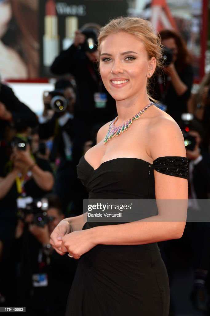 Actress <a gi-track='captionPersonalityLinkClicked' href=/galleries/search?phrase=Scarlett+Johansson&family=editorial&specificpeople=171858 ng-click='$event.stopPropagation()'>Scarlett Johansson</a> attends 'Under The Skin' Premiere during the 70th Venice International Film Festival at Sala Grandeon September 3, 2013 in Venice, Italy.