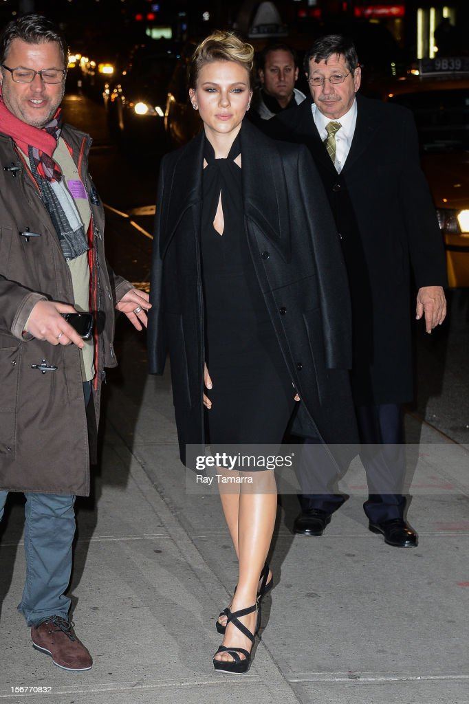 Actress <a gi-track='captionPersonalityLinkClicked' href=/galleries/search?phrase=Scarlett+Johansson&family=editorial&specificpeople=171858 ng-click='$event.stopPropagation()'>Scarlett Johansson</a> enters the 'Late Show With David Letterman' taping at the Ed Sullivan Theater on November 20, 2012 in New York City.