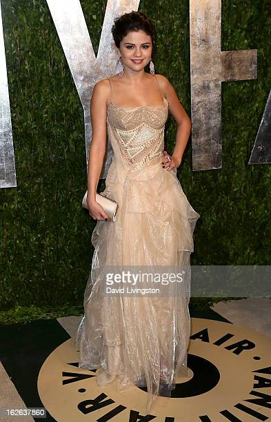 Actress Selena Gomez attends the 2013 Vanity Fair Oscar Party at the Sunset Tower Hotel on February 24 2013 in West Hollywood California